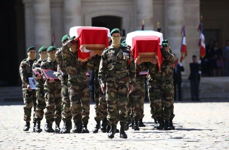 Soldats français tués au Burkina Faso: La France rend hommages à ses deux ''héros''