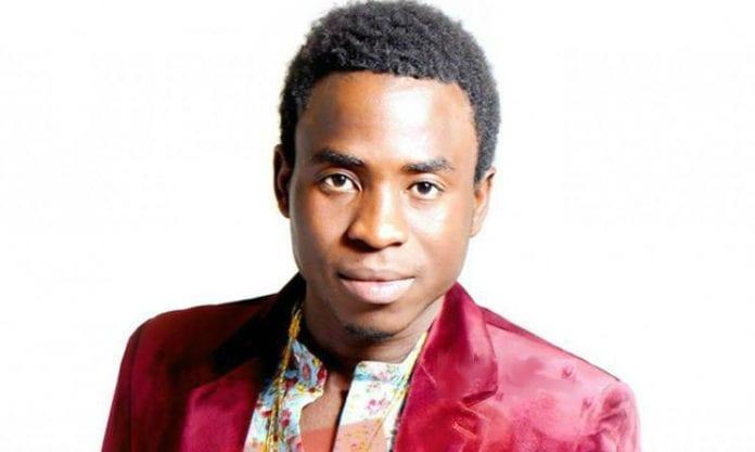Le chanteur Sidy Diop victime d'un accident