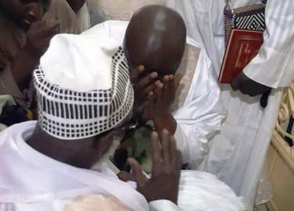 Touba: Idrissa Seck pleure devant le Khalife des Mourides